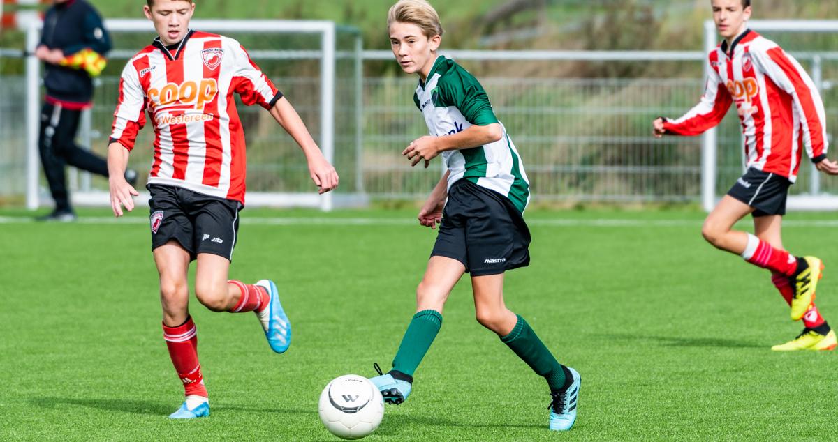 Winsum JO15-1 - Friese Boys JO15-1