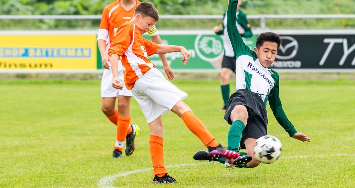 Winsum JO15-1 - FC Lewenborg JO15-1